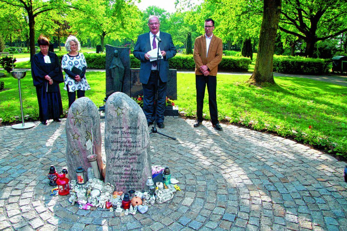 Friedhof Für Sternenkinder